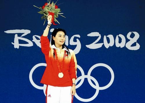 """3:郭晶晶,前国家运动员,奥运冠军,有""""跳水女皇""""之称,郭晶晶是跳水图片"""