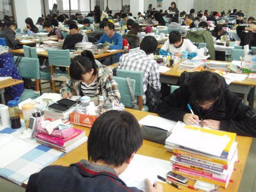如果你是一个二本学生,你会选择考研吗?回答令人深思!