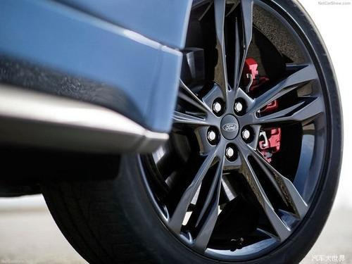 全新福特锐界 ST 官图发布 搭 2.7L 双涡轮增压发动机