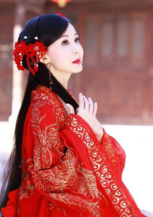 穿红衣最美的古装美女,你选哪个?