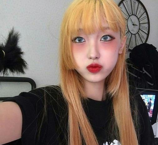 2018女生流行发型图片 甜美发型让你变美