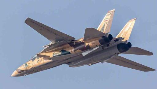 中国歼10战斗机即将出口伊朗?美俄两国的态度