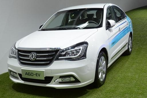 东风风神A60,与轩逸同平台,售价6万起,叫板帝豪GL!