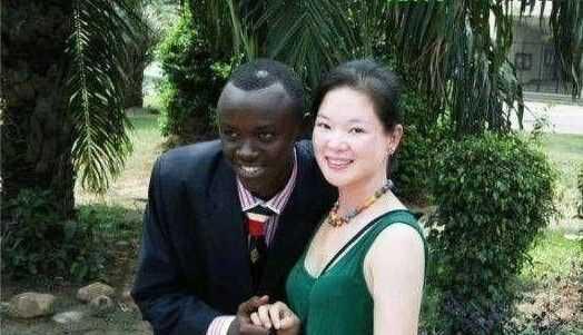黑人干老婆_非洲黑人在中国干了一个中国女人,生了一个中非混血儿