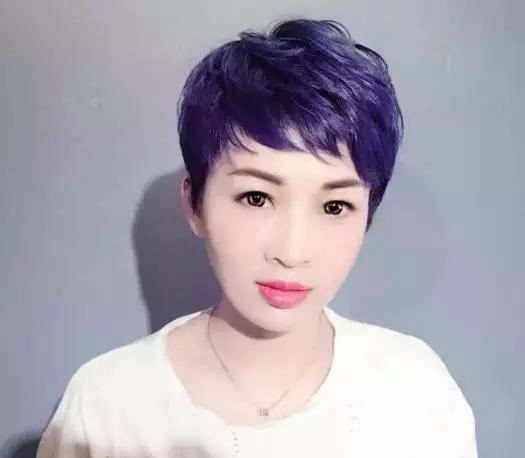 2018理发店最流行的微烫短发21款图片