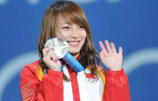 冬奥会中国战绩迎来新低,网友质疑捧场韩国,李妮娜告诉你理由!