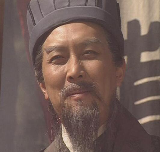 唐国强想把老年诸葛亮再演一回,老版 三国演义 是在看历史经典图片