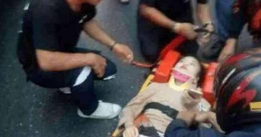 泰国图片在韩国出车祸衣服被扯破险走光,当地美女踩油门女生图片