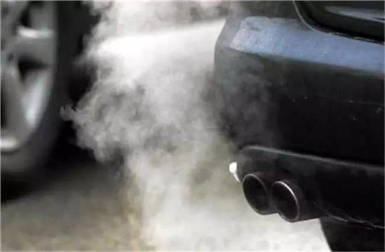 冬天需要原地热车?这一招热车更有效而且还省油