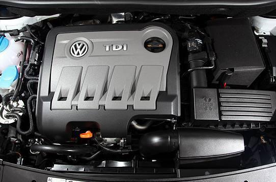 试驾经典款大众途安1.6D柴油引擎版,感受旅行车的驾驶乐趣