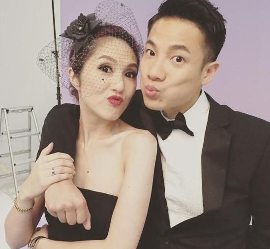 宁丹琳老公结婚照片_杨千嬅老公晒与老婆热吻照庆结婚七周年