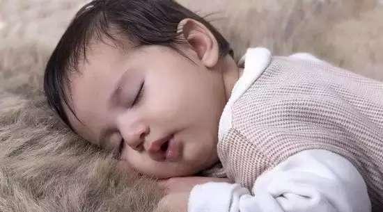 影响大脑发育的东西不要给宝宝吃,多吃这5种食物,让宝宝更聪明