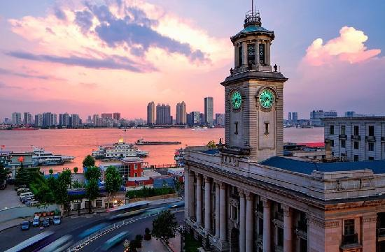 官宣:武汉广电浓情定制军运会主题推广曲《美丽武汉欢迎你 》
