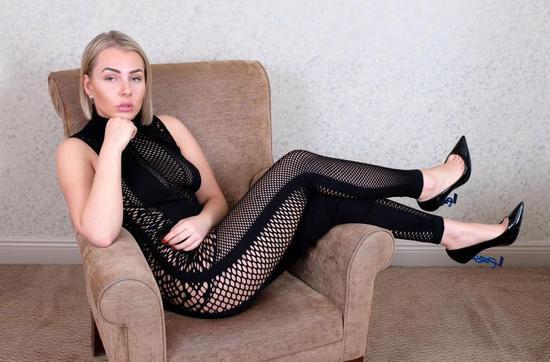和女舞蹈老师偷情做爱_桑切斯偷情女大学生,1000镑1次砍价一半,亲自跳脱衣舞