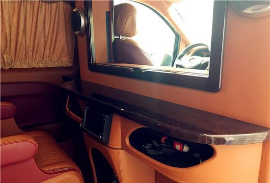 福建奔驰威霆商务车改装,真正处于的MPV骨子里的MPV!