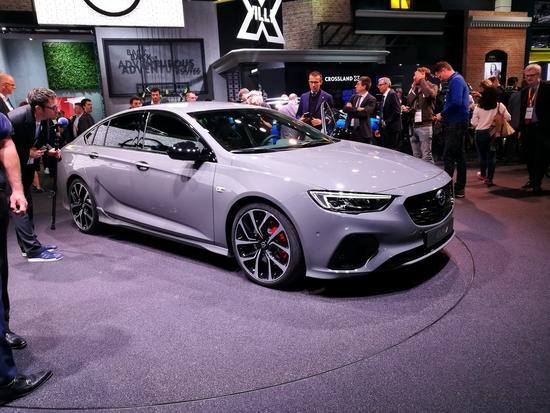 欧版君威GS 英速亚GSi于车展发布
