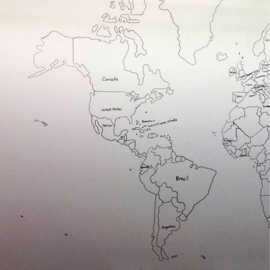 图为孩子画的世界地图.