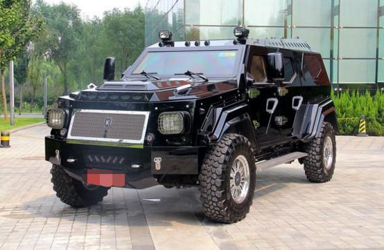 国产越野车_300万国产大型越野车,一汽设计师们看到实车后也表示很赞