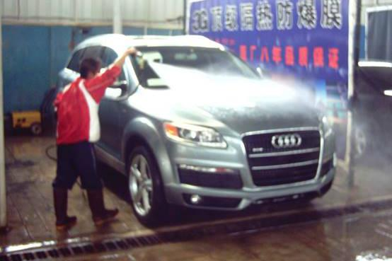 为什么懂车的人从来不去洗车店洗车?