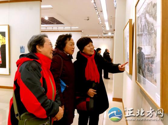 第二十届中国·呼和浩特昭君文化节 中国书画家联谊会军旅书画家作品展开幕