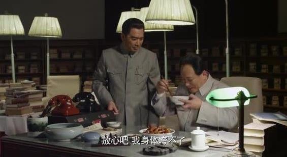 周恩来给毛主席做了一碗红烧肉,把毛主席馋坏了
