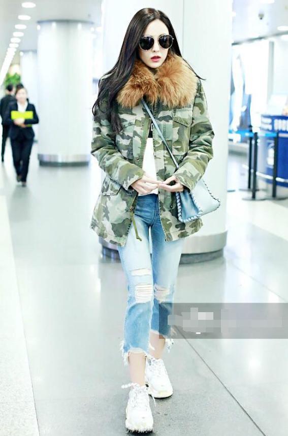 古力娜扎现身机场,脸色煞白像贫血,网友:穿上秋裤就好了!