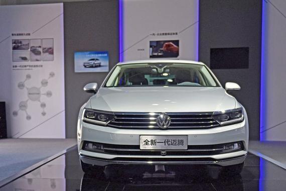 中型车销量之王,现在买最高可降4.6万,配置路感不输A4L