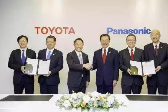 曾经的信仰呢?丰田为何临阵倒戈,开始扶植纯电动汽车?