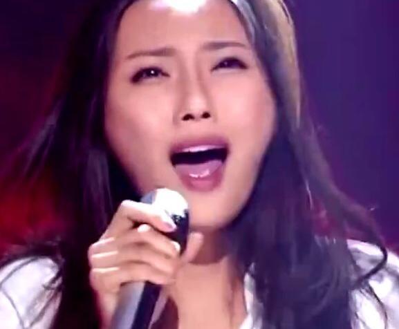 见习法医:中国好声音女歌手改行拍网剧,撞脸一帮人