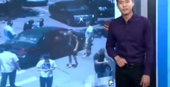 男子因停车误挡道遭暴打,数名小混混打完才发现打的是派出所