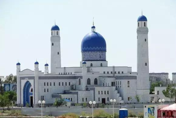 哈萨克族对于伊斯兰教的贡献有多少?