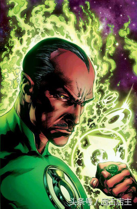 dc战力排行_DC宇宙战力排名,超人排在第三,第一实至名归