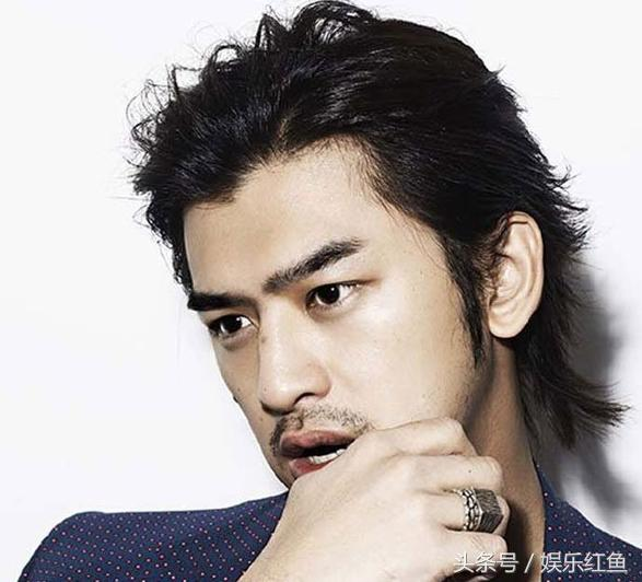 最有魅力的7个长发男明星,郑伊健谢霆锋上榜,谁更胜一