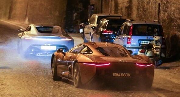 王思聪拿王健林5亿赚了40亿,第一件事就是买了这辆车