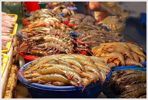 菲律宾马尼拉海鲜市场, 吃超便宜大龙虾 梭子蟹和鲍鱼刺身