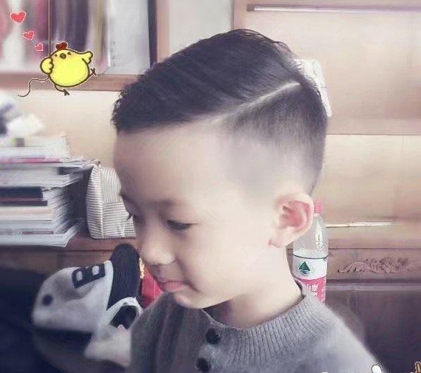 男士最时尚最流行的一道杠发型大全