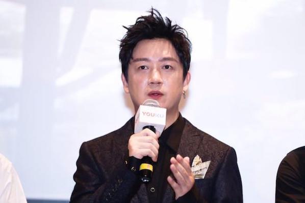 怎么回事?粉丝说自己要去剪头发,潘粤明却在祝他平安