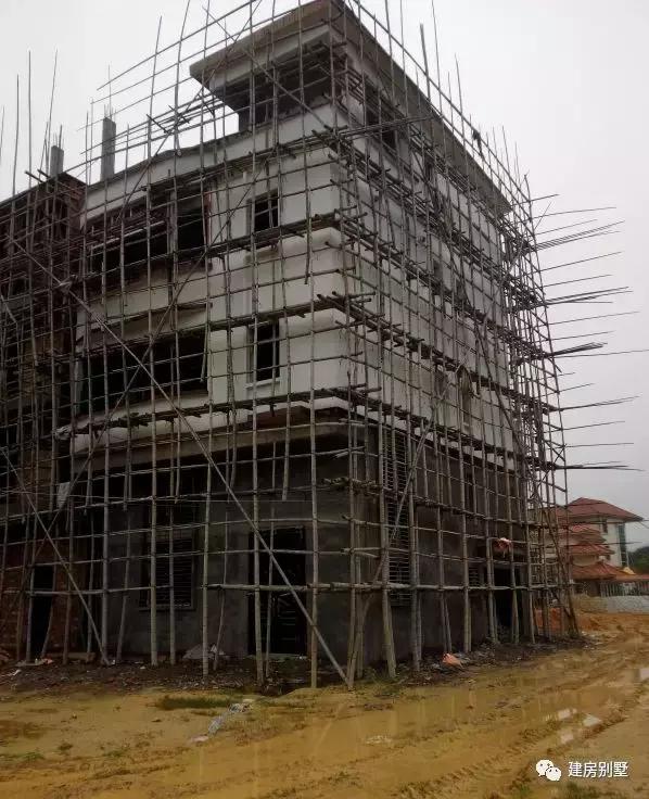 广东揭阳自建五层别墅, 全框架结构, 钻桩10米深地基花了8万