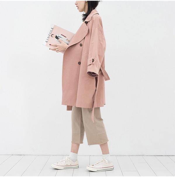 粉红色大衣如何搭配_粉色风衣配什么裤子 5种搭配浪漫整个秋冬季