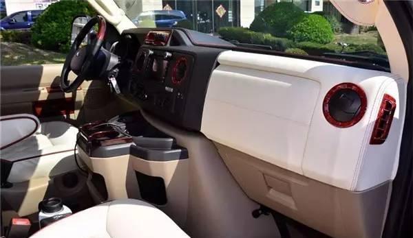 高端大气上档次!至尊必备——福特E350房车