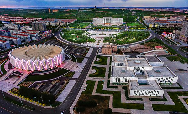 乌兰察布市区人口_乌兰察布人文明生态宜居城市印象图片