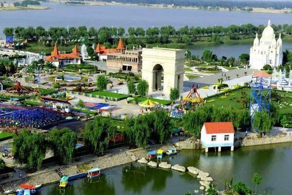 中国唯一的一个人口破1000万的四线城市, 也是中国最无奈的城市!