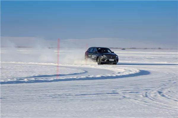 零下40度的世界里,我来了一次充满原装德味的冰雪试驾