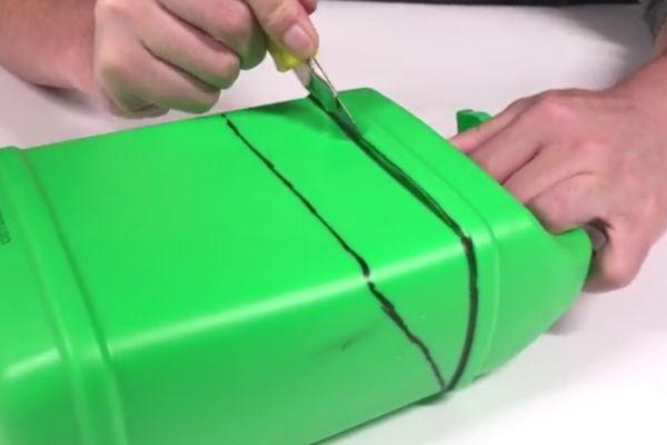 空瓶子废物利用_洗洁精空瓶子废物利用,改造下放在车上实用到爆,每个