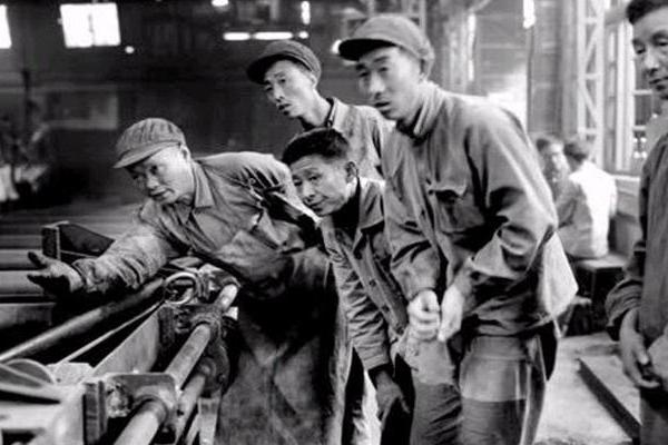 中国无缝钢管:从零到世界第一的艰辛发展历程!