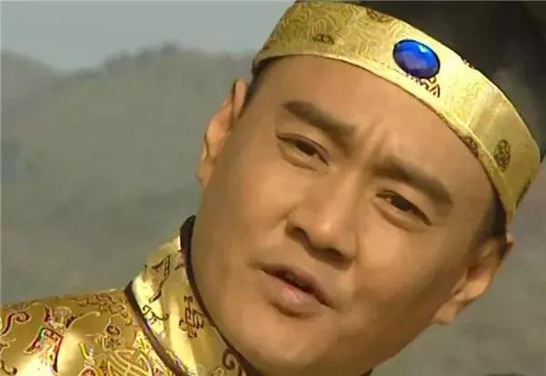 他是侠王被康熙圈禁十几年,辅助雍正治国安邦,一口老血吐死