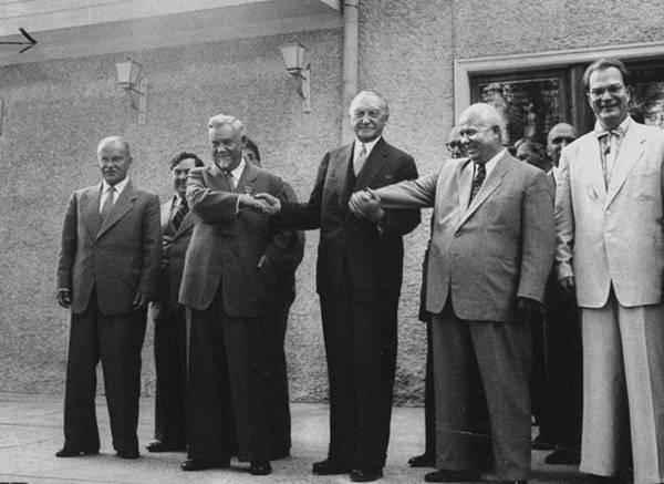 斯大林去世后,党内第一次你死我活的政治斗争,赫鲁晓夫成大赢家图片