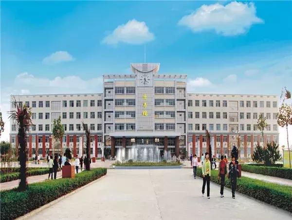 王村传来喜讯!河南省柘城县牛草帽年代北京荣阳西高中60城乡图片
