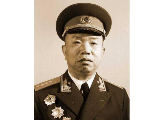 其在1955年被授予大将军衔并担任总军械部部长,是中国开国十大将军之图片