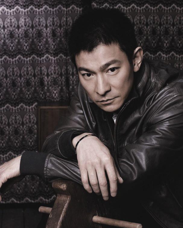 香港电影演员_刘德华 1961年出生于香港,演员,歌手,词作人,制片人,电影人